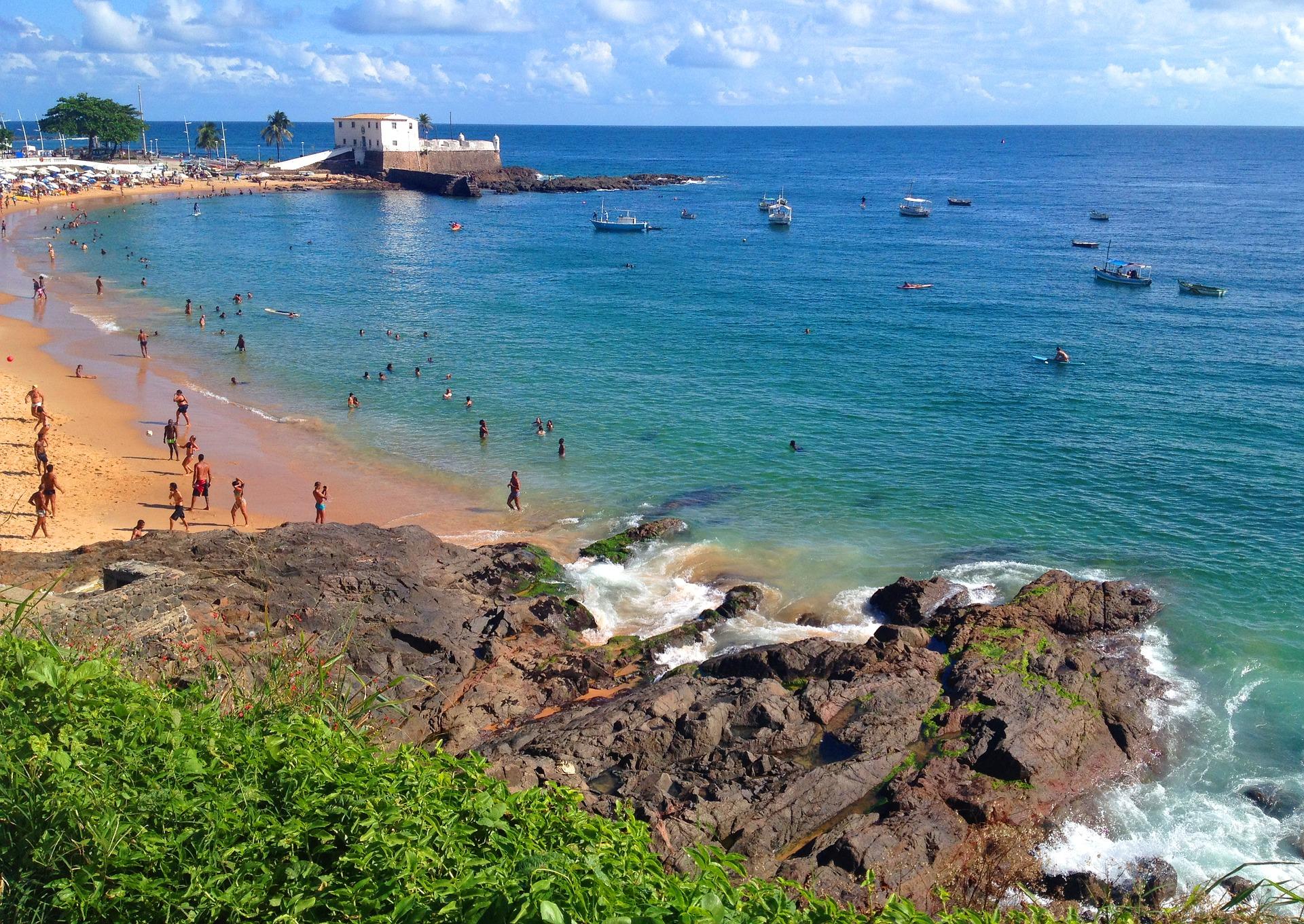 SALVADOR/BA: Um dia na Praia do Porto da Barra! | Viajante Comum