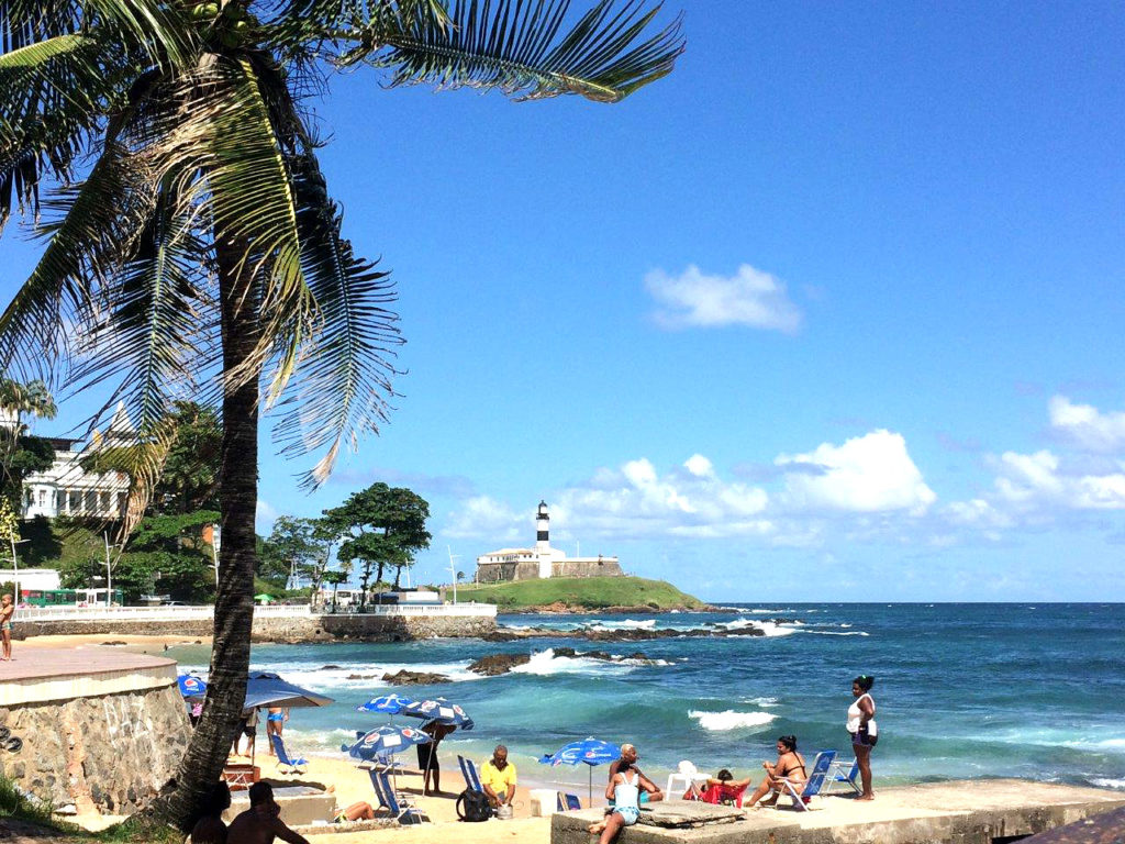praia do porto da barra salvador