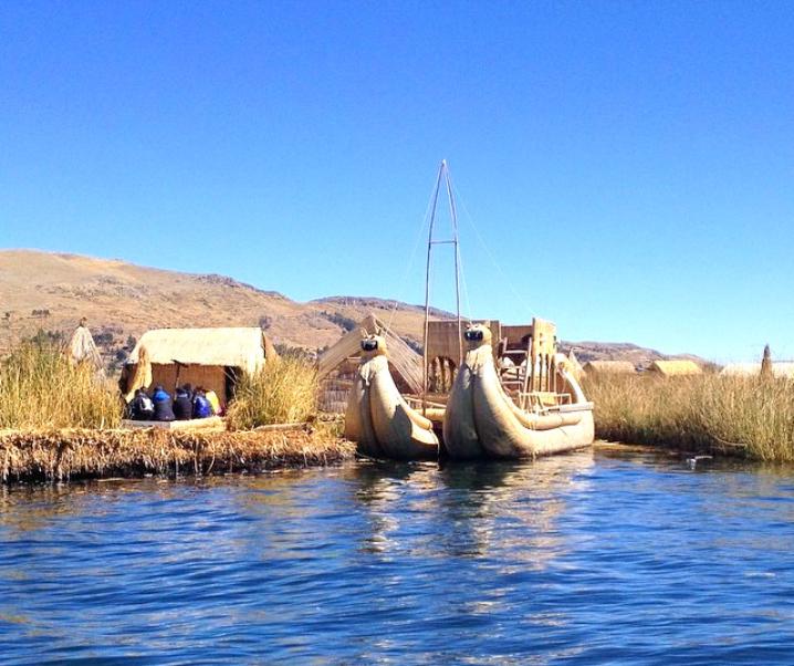 PUNO, PERU: 5 motivos para visitar as ilhas flutuantes no Titicaca!