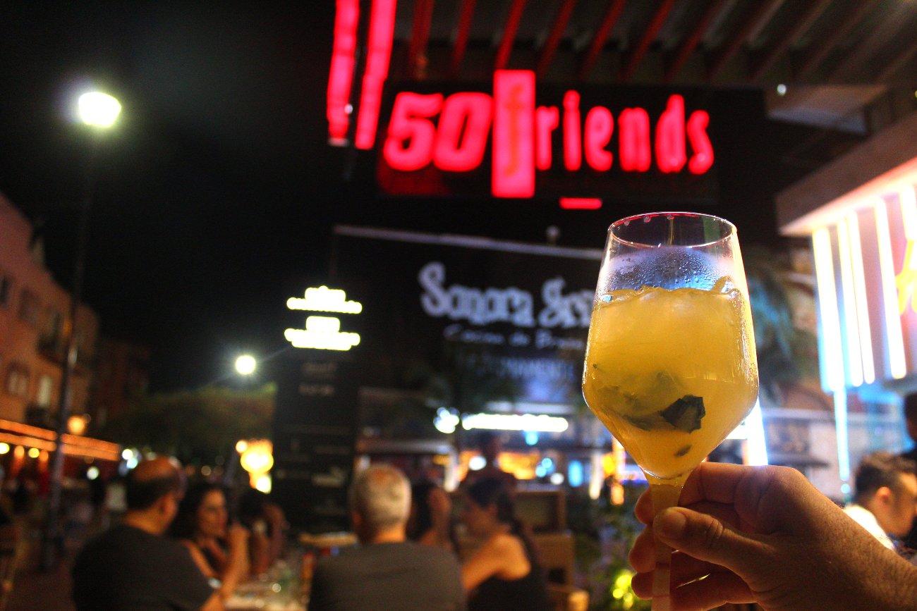 Bar em Playa del Carmen