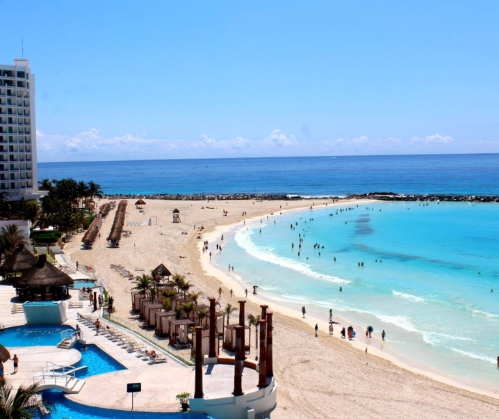 Como ir da Zona Hoteleira ao Aeroporto de Cancún de forma econômica!