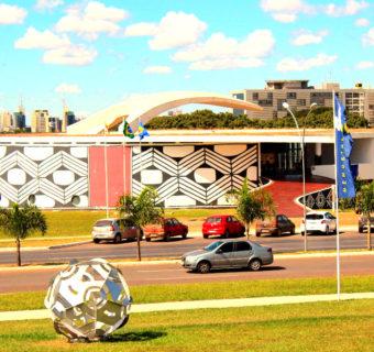 CITY TOUR EM BRASÍLIA (2020): Conheça a cidade no ônibus panorâmico!