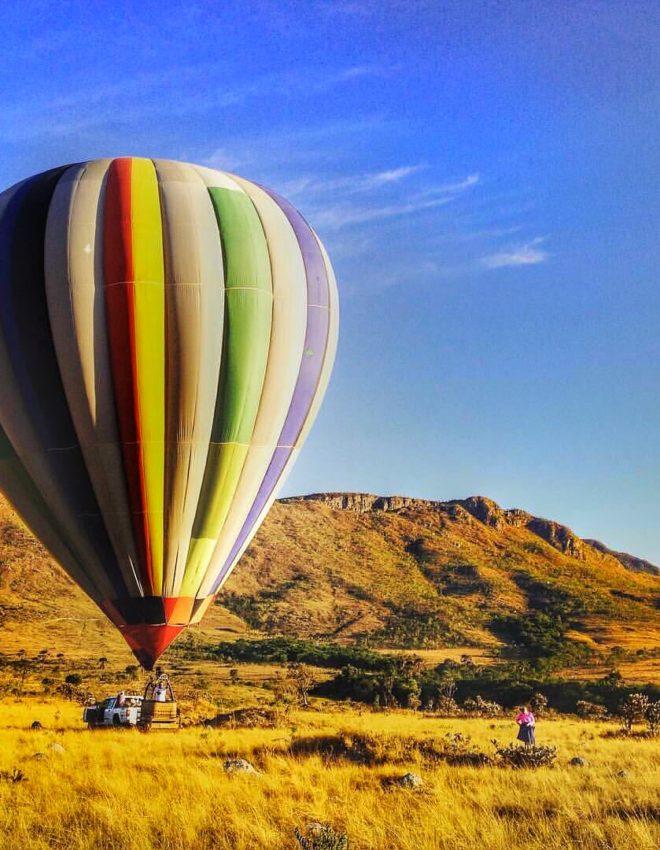 Que tal voar de balão na Chapada dos Veadeiros?