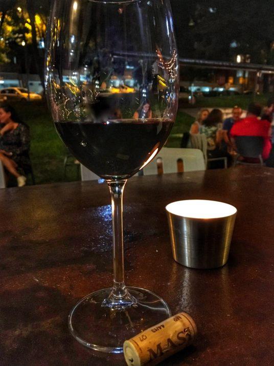 onde tomar vinho em brasilia