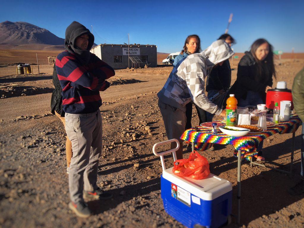 Como funciona a imigração na travessia Atacama Salar de Uyuni