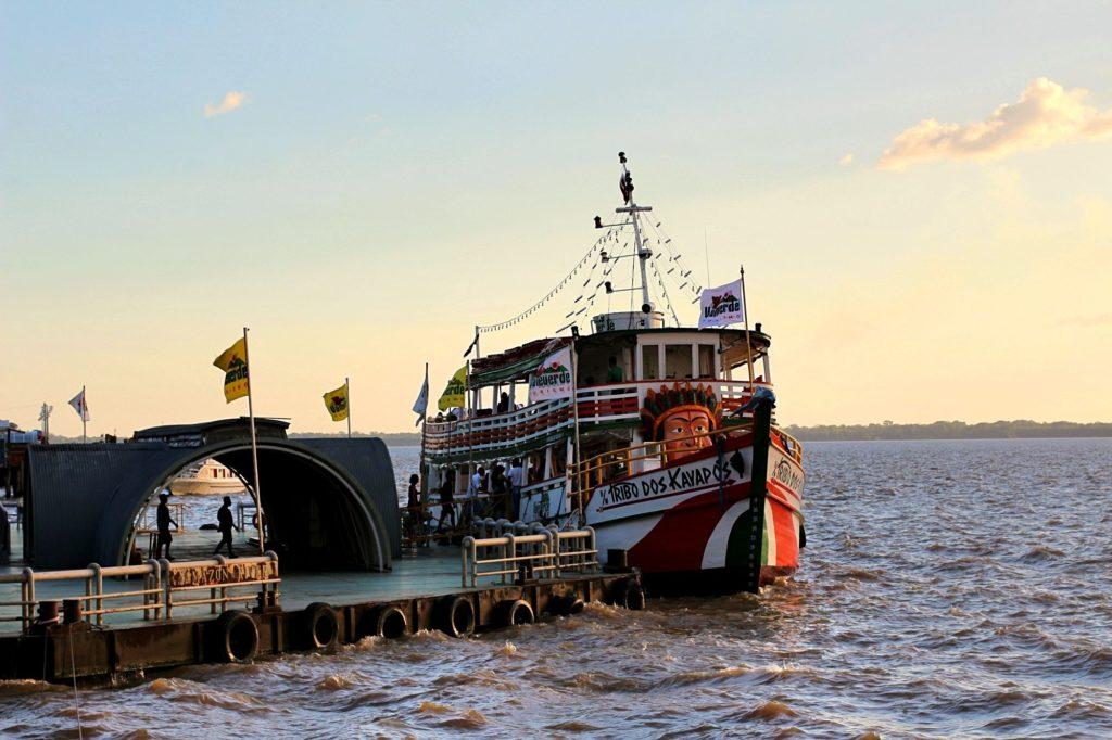 passeio de barco em belem do para